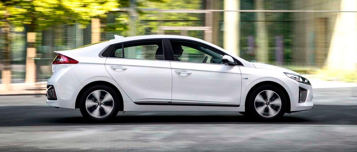 Hyundai IONIQ electric på farten
