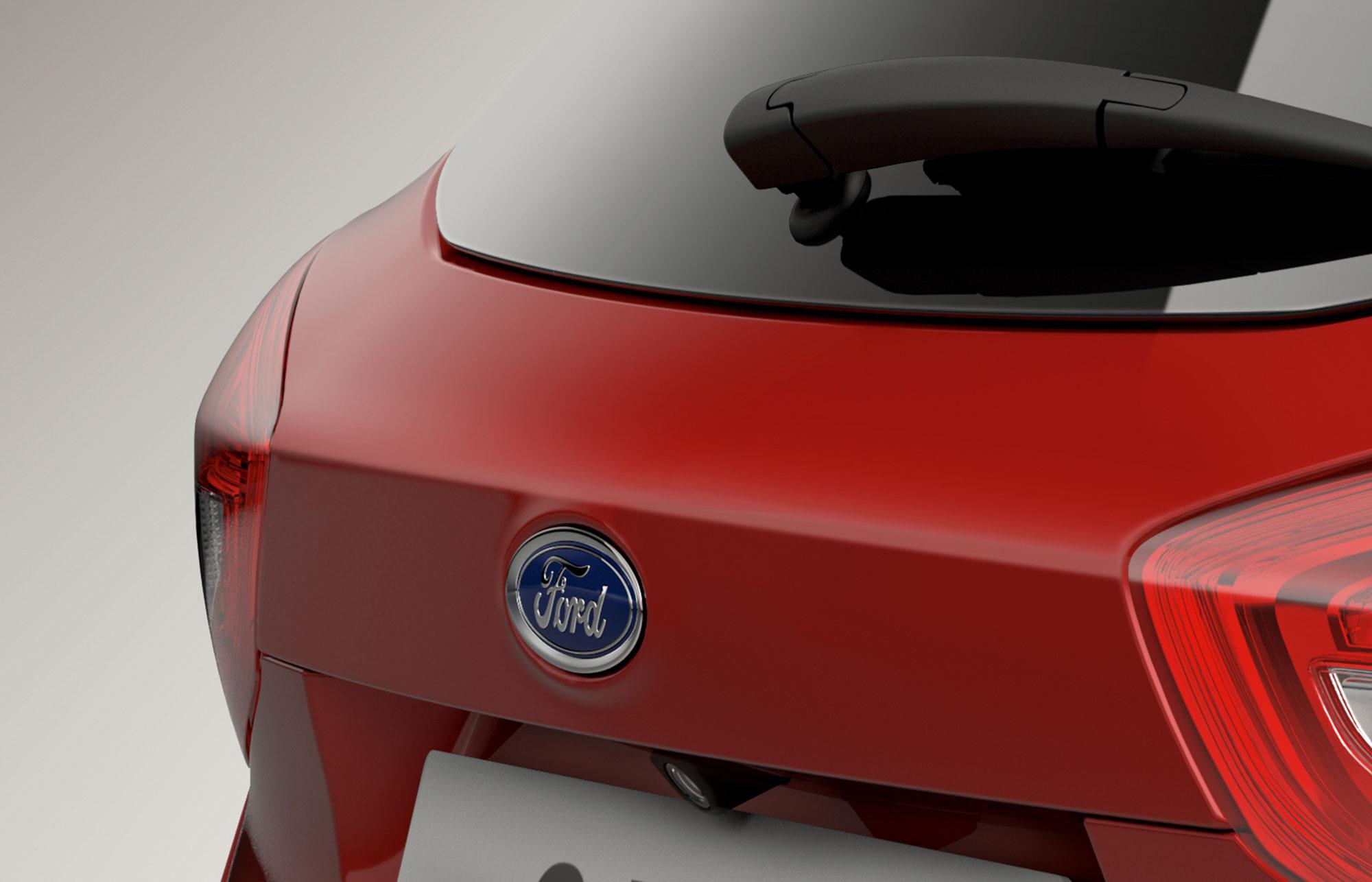 Ford C-MAX bagfra i rød
