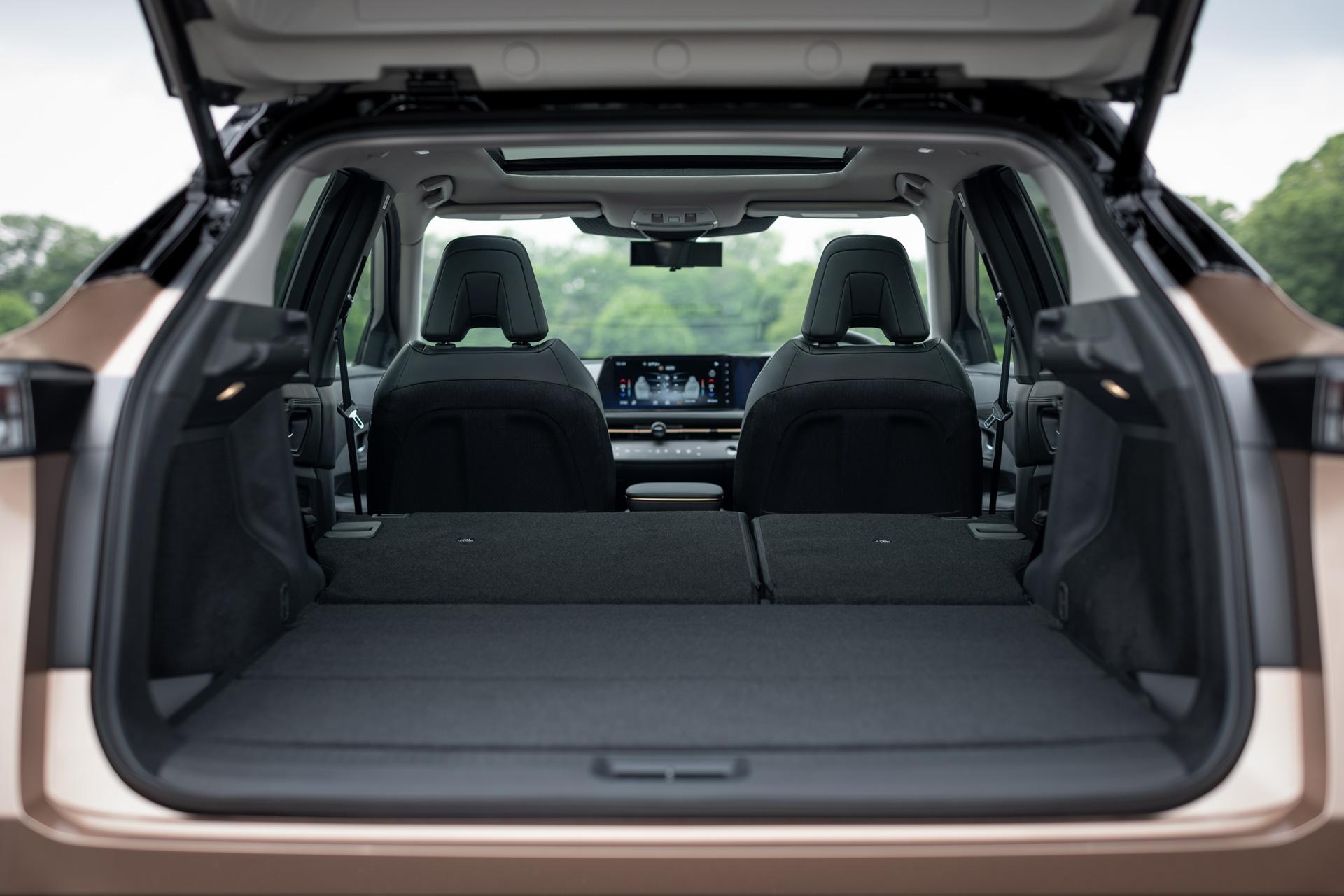 Bagagerummet på Nissan Ariya med alle sæder nede