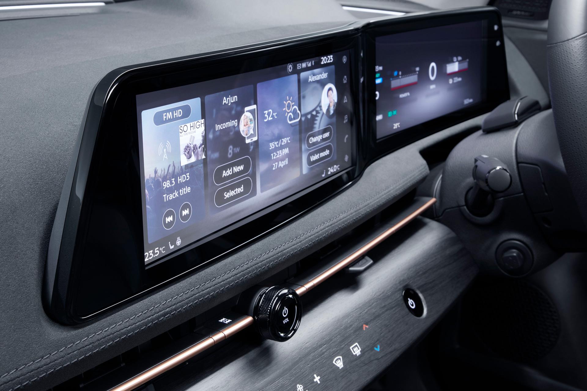 Nissan ARIYA interiør touchskærme