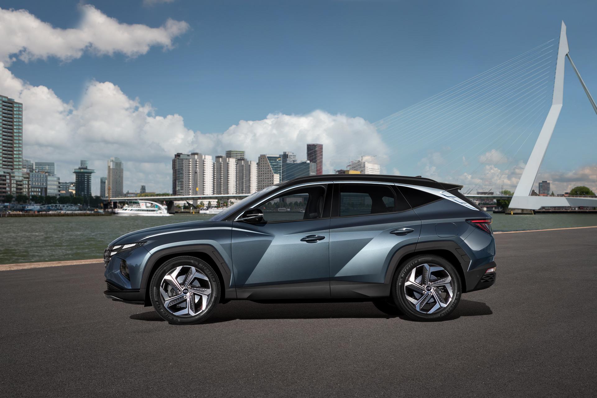 Ny Hyundai Tucson set fra siden