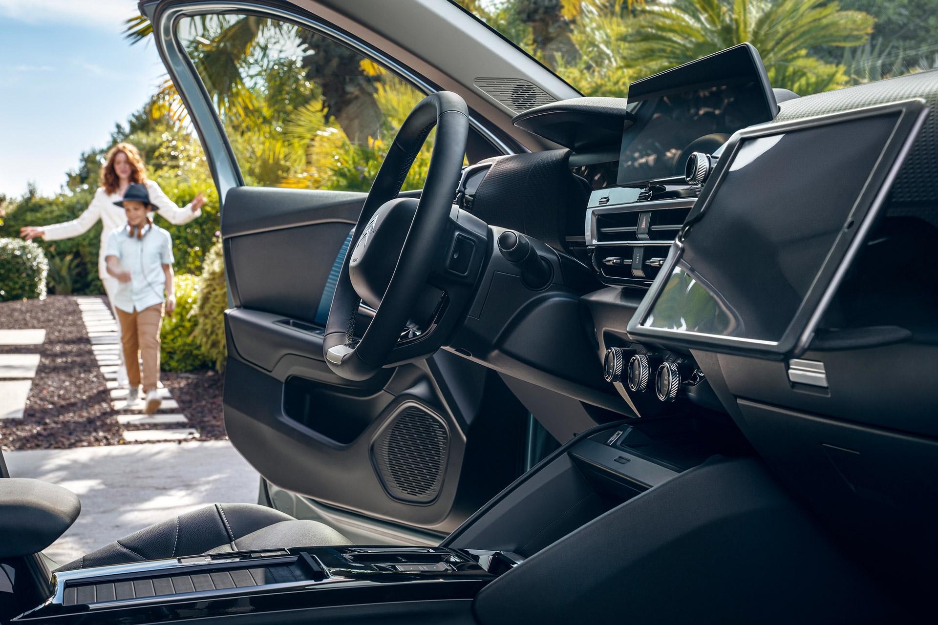 Citroën C4 som holder derhjemme