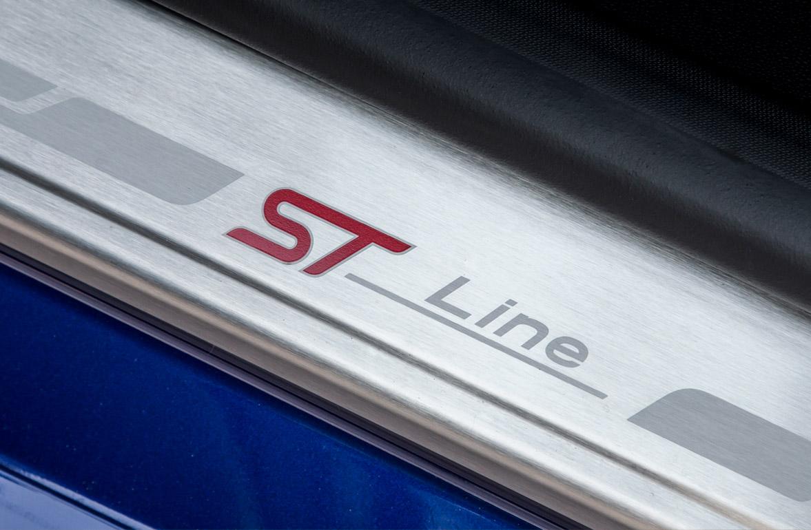 Ford Fiesta ST-Line logo