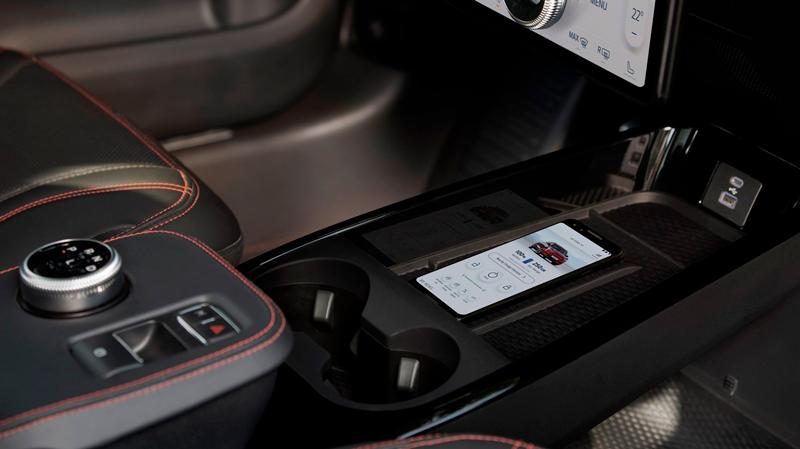 Ford Mustang Mach-E trådløs opladning af mobil