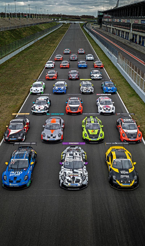 Racerbiler i opstilling