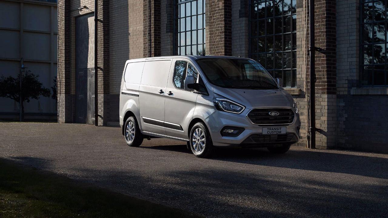 Ford Transit Custom PHEV fra siden