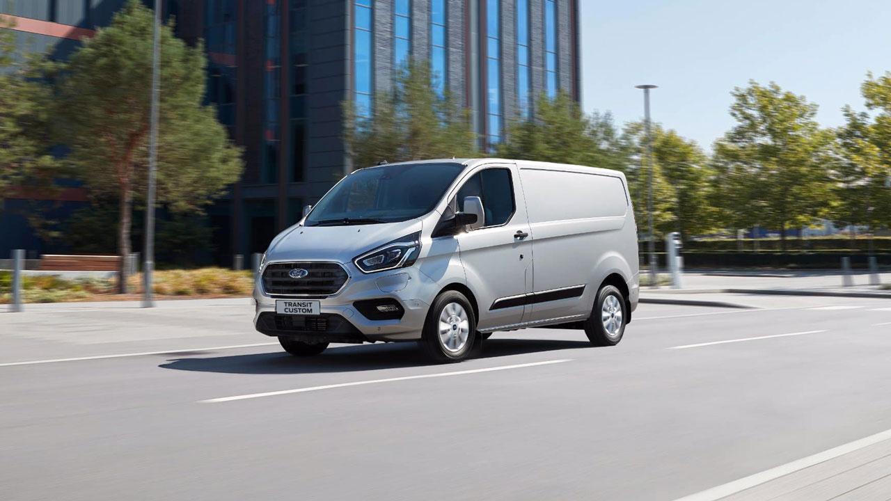 Ford Transit Custom PHEV forfra